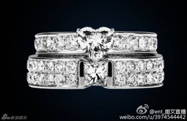 Nhẫn kim cương của đôi uyên ương cũng được công bố.