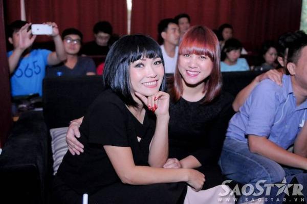 Hai ca sĩ: Phương Thanh, Ngọc Linh.