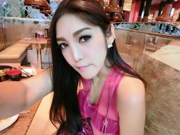 nu-cdv-thai-lan-xinh-dep-thieu-dot-san-my-dinh (9)