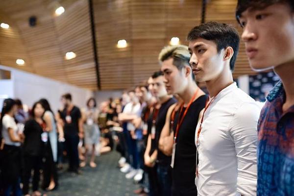 hau-truong-casting-vietnam-fashion-week (8)