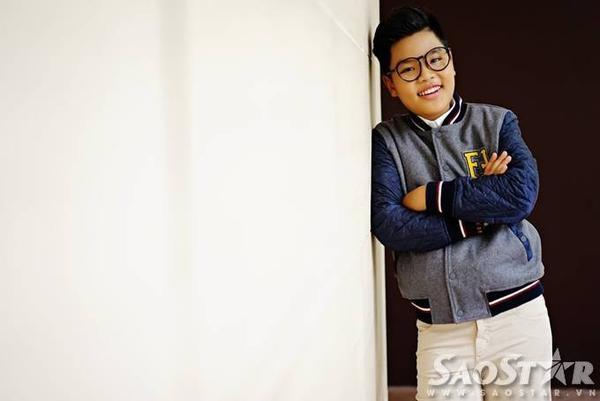 Được dự đoán là một nhân tố bất ngờ của chương trình năm nay, cậu bé Tiến Quang đến từ đội HLV Dương Khắc Linh gây ấn tượng với khán giả bởi giọng hát khỏe và cao.
