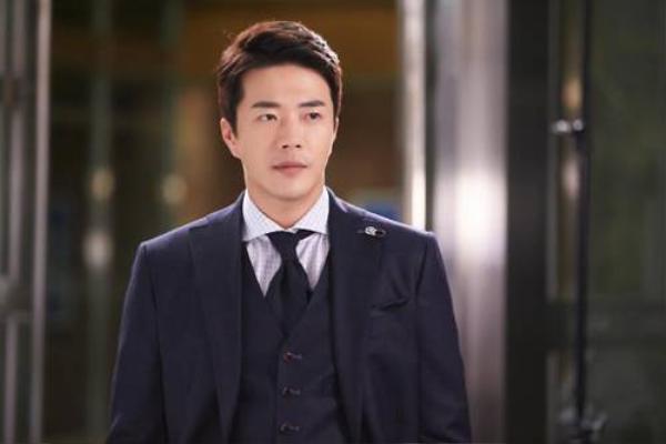 kwon-sang-woo-01