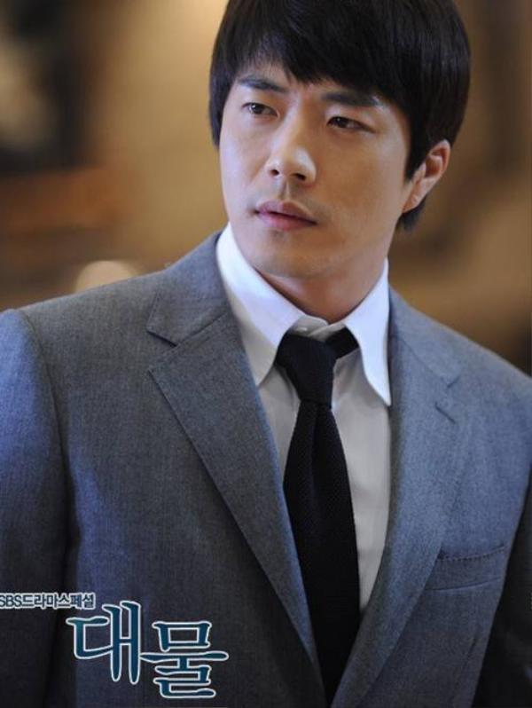 kwon-sang-woo-04