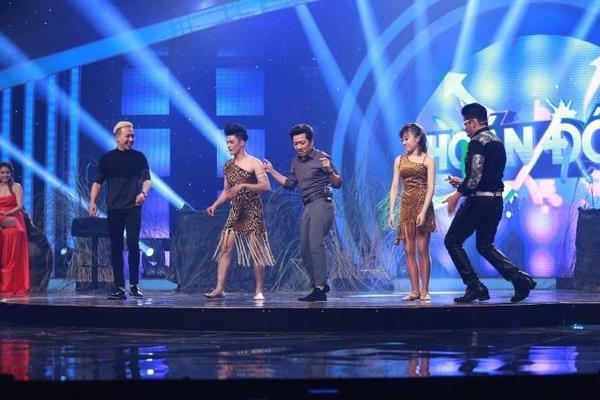Tran Thanh - Thanh Bach - Truong Giang nhay samba 12