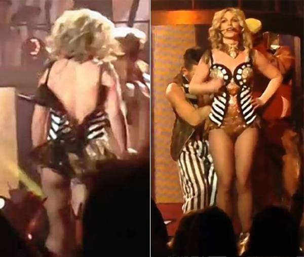 Cũng tại một buổi diễn của tour Piece of Me năm 2014, Britney suýt bị tuột váy. Trong màn trình diễn hit Circus, chiếc váy sequin bất ngờ tuột khóa phía sau, làm lộ gần hết lưng Britney. Các vũ công trông thấy đã nhanh tay giúp nữ ca sĩ kéo lại khóa.