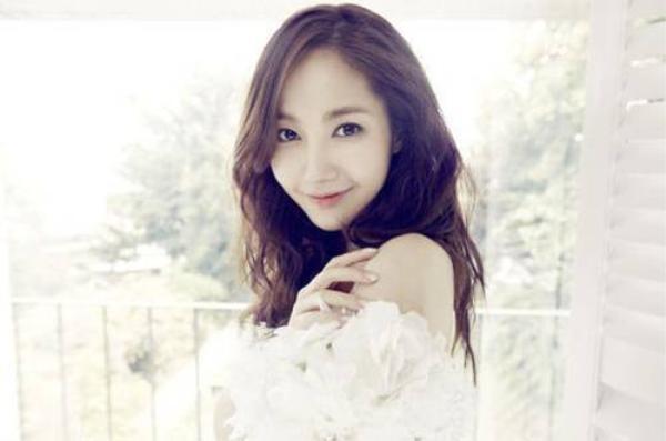 park-min-young-yoo-seung-ho-02