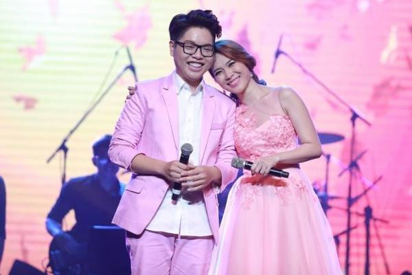 Là những cô, cậu học trò nhỏ bước ra từ sân chơi Giọng hát Việt 2015, qua bàn tay của Mỹ Tâm, các giọng ca trẻ ngày càng trưởng thành hơn, qua đó dần khẳng định vị trí trên thị trường âm nhạc.