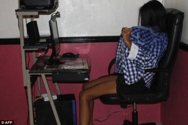 Nhiều bé gái tại Philippines đang bị bắt phải làm việc trong ngành công nghiệp khiêu dâm trực tuyến.