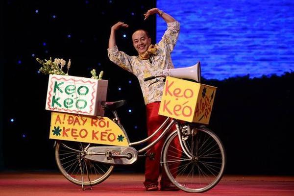 Đức Hải vẫn âm thầm lưu diễn trên các sân khấu hài từ Nam chí Bắc.