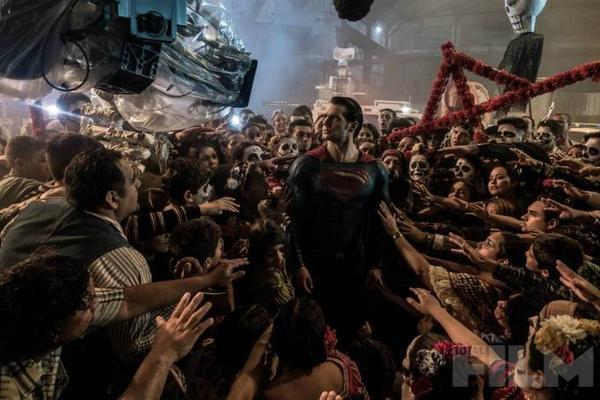 batman-v-superman-cavill-day-dead