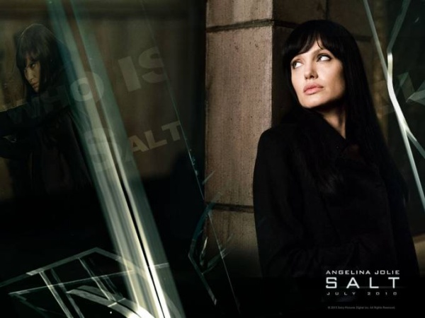 Salt-2010-upcoming-movies-13396678-1600-1200