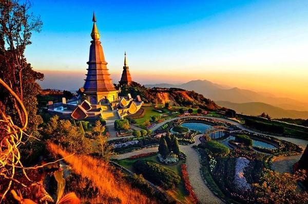Du lịch Thái bộn thu nhờ việc phát triển quảng bá song hành cùng các phim bom tấn, phim quảng cáo...