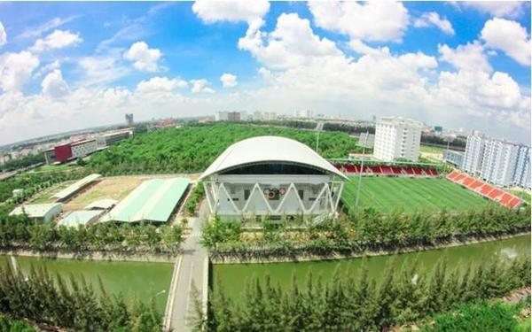 Nhà thi đấu, sân vận động và ký túc xá nhìn từ trên cao.