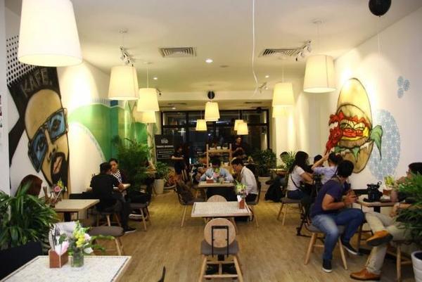 kham-pha-menu-sanh-dieu-cua-quan-kafe-chuan-quoc-te-vua-xuat-hien-tai-sai-gon (12)