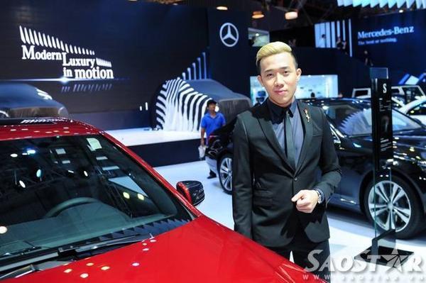 MC - diễn viên hài Trấn Thành cũng góp mặt tại Vietnam Motor Show 2015.