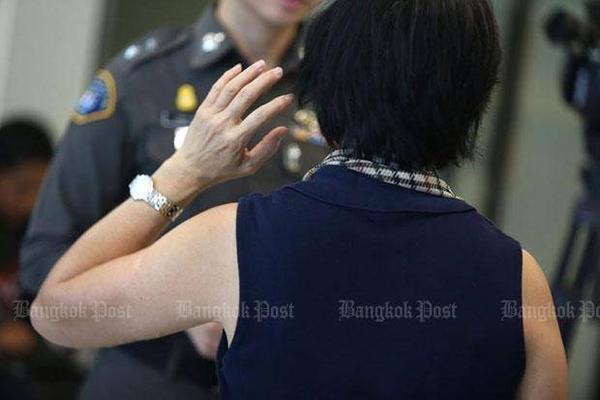 Một nạn nhân trong vụ kiện người ngoại quốc lừa đảo tài sản để kết hôn với các cô gái Thái Lan. Ảnh Pattanapong Hirunard