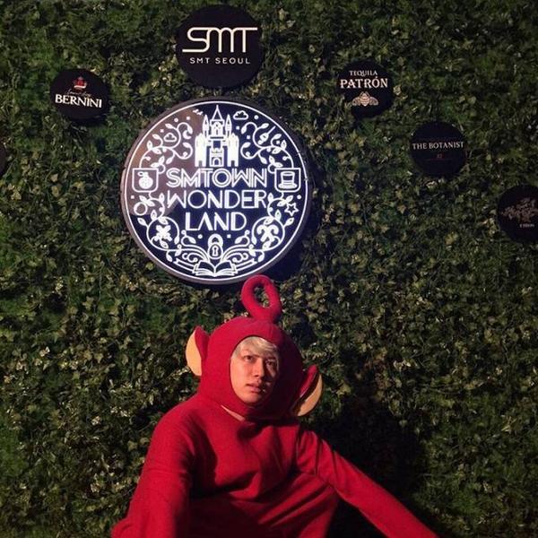 Hee Chul của Super Junior trổ tài làm nhân vật Po trong Teletubbies.