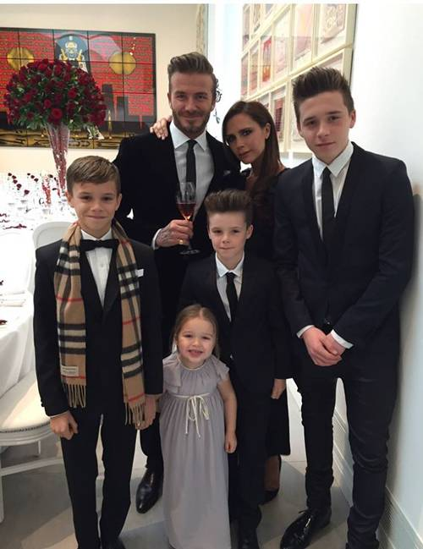 Gia đình hạnh phúc của Becks là mơ ước của nhiều người.