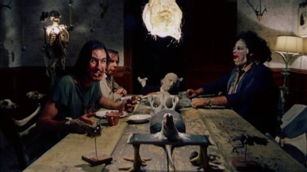 texas-chainsaw-massacre-dining