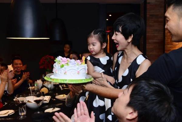 Xuan Lan (12)