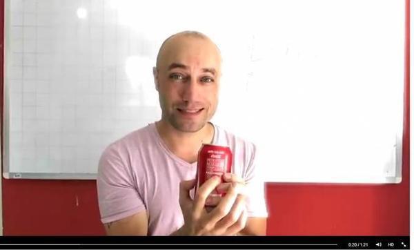 Jesse chỉ ra lượng đường thật sự của mỗi lon Cocacola