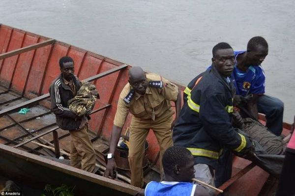 Bé gái là một trong hai nạn nhân được cứu sống từ vụ tai nạn, nhưng nạn nhân thứ hai đã tử vong sau đó.