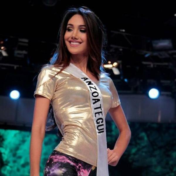 Tại cuộc thi Hoa hậu Quốc tế Venezuela, cô là đại diện của tỉnh nhà. Khi đó, với nụ cười tươi tắn, cô được chú ý  ngay từ vòng loại.