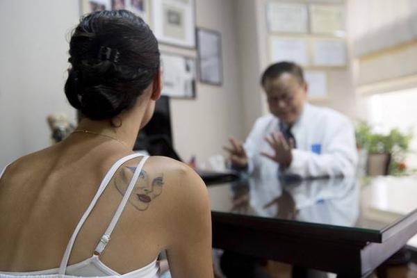 Ngành công nghiệp phẫu thuật chuyển giới đã và đang mang về lợi nhuận khủng cho Thái Lan hàng năm