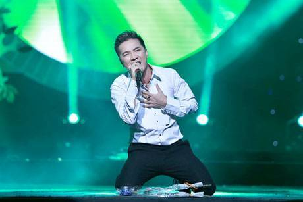 Dam Vinh Hung (2)