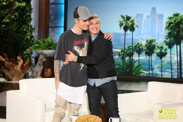 Justin Bieber trong chương trình The Ellen DeGeneres.