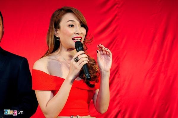 Mỹ Tâm chia sẻ cô không biết gì về việc ký hợp đồng biểu diễn với cat-xê 6000 đô tại quê nhà Đà Nẵng.
