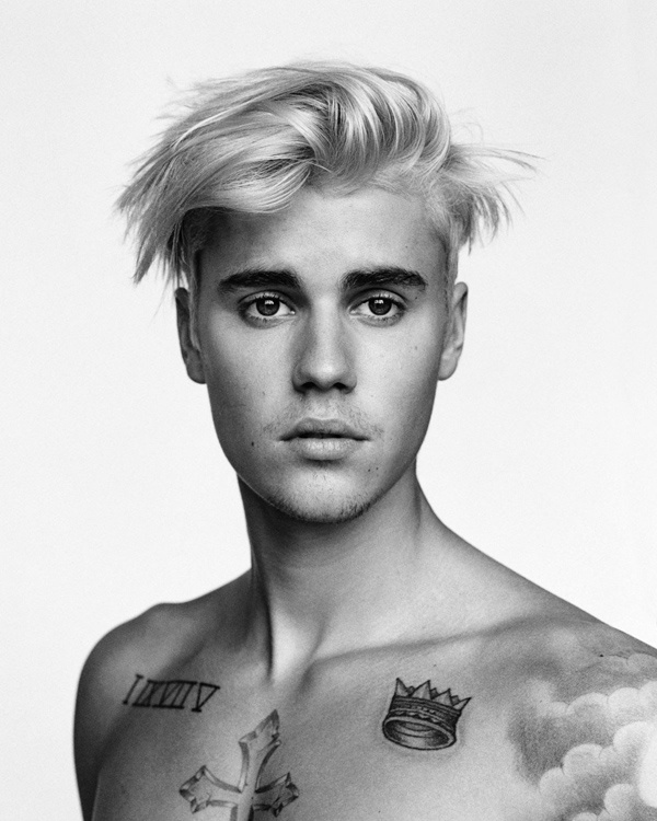 Khác với hình ảnh chàng thiếu niên xinh trai cách đây 4 năm, Justin Bieber nay trở thành một ngôi sao nhạc pop với vô số scandal đời tư, tình ái rắc rối. Những trải nghiệm này được nam ca sĩ đưa vào đĩa nhạc mới. Giọng ca What Do You Mean? cũng khẳng định hình ảnh trưởng thành bằng loạt hình xăm trên cơ thể. Nam ca sĩ khắc lên ngực những hình xăm có ý nghĩa dấu mốc trong cuộc đời.