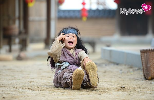 3 anh em Dae Han, Min Gook và Man Sae làm diễn viên khách mời trong phim của bố.