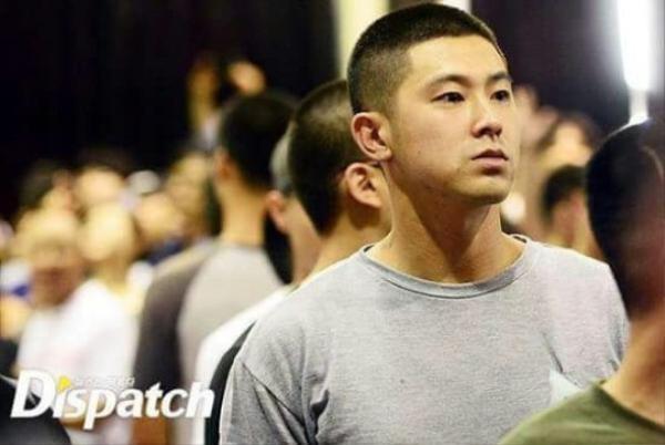 Người bạn cùng nhóm - Yunho đã gia nhập nghĩa vụ quân sự từ tháng 7 vừa qua.