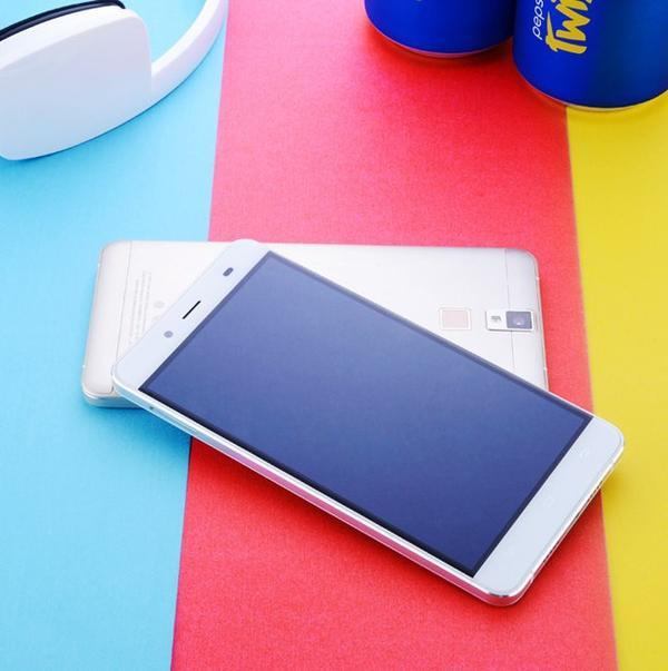 Pepsi-Phone-P12