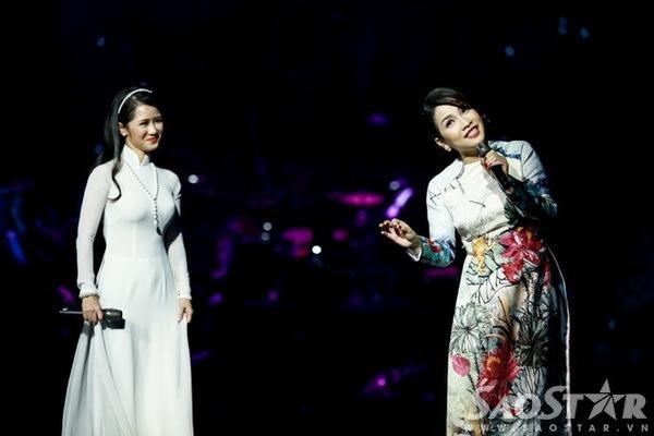 Chị song ca cùng Hồng Nhung qua sáng tác của cố nhạc sĩ Trịnh Công Sơn - Đóa hoa vô thường.