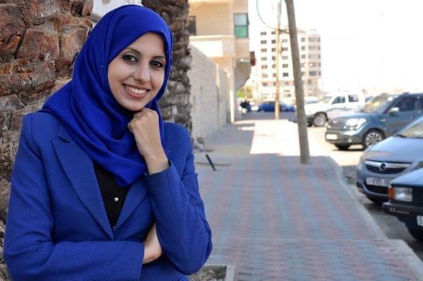 9. Mariam Abultewi Tuổi: 25 Nơi cư trú: Palestine Chức vụ: Nhà sáng lập kiêm Giám đốc điều hành mạng xã hội dành cho giao thông vận tải Wasselni Lĩnh vực: Công nghệ