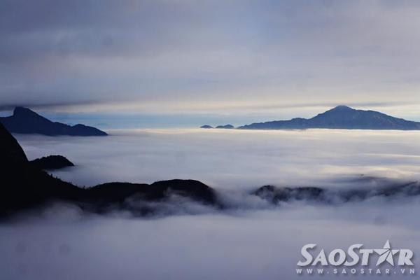 ạch Mộc Lương Tử là ngọn núi có tầm nhìn rất quang đãng, từ nơi đây có thể dễ dàng quan sát các ngọn núi khác trong dãy Hoàng Liên Sơn: từ ngọn núi Nhìu Cô San đến đỉnh Lảo Thẩn nóc nhà của Y Tý.
