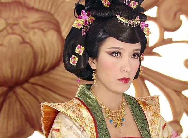 Diêu Kim Linh đưa sự nghiệp của Dương Di lên một tầm cao mới.