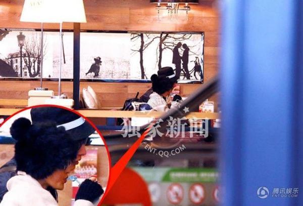 Châu Tấn và Lưu Sướng đi ăn ở một nhà hàng.