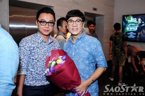 NSƯT Thành Lộc đến sự kiện cùng NTK Công Trí.