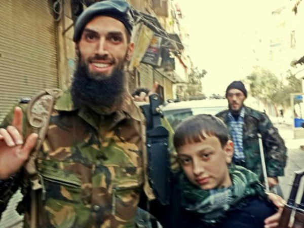 Yilmaz có một cuộc sống khá phong phú tại Syria.