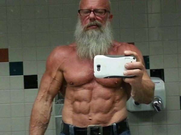 Andreas Cahling, 63 tuổi