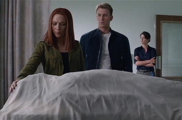 Dù khác biệt về quan điểm nhưng Nick Fury vẫn đặt trọn niềm tin vào Cap.
