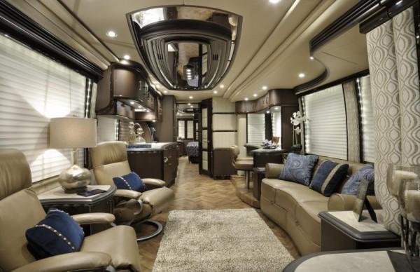 Prevost_H3-45_VIP_Luxury_Motorhome