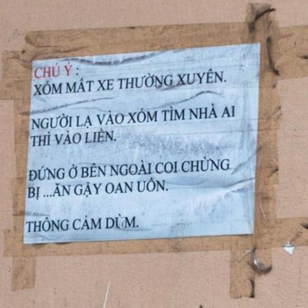 Lời cảnh báo dành cho người lạ vào xóm.