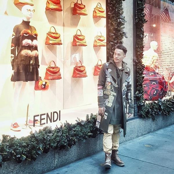 Anh chia sẻ mình tình cờ được nhóm thăm thú Saks Fifth Avenue trong một dịp du lịch ở Mĩ