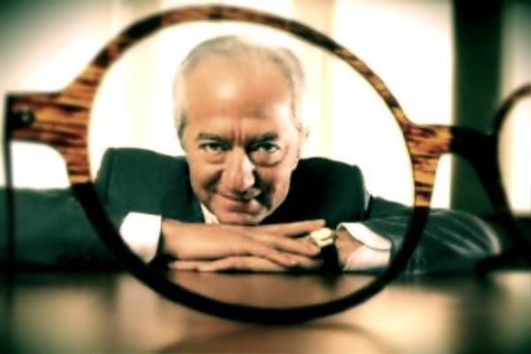 """Sáng lập viên của hãng kính mắt cao cấp của Ý Luxottica, Leonardo Del Vecchio cho rằng """"Giá trị cuộc sống là điều quan trọng nhất"""". Ông từng là trẻ mồ côi và là tấm gương tiêu biểu cho câu chuyện """"từ khu ổ chuột đến cuộc sống giàu sang""""."""