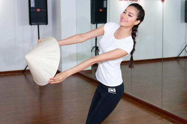 Pham Huong (5)