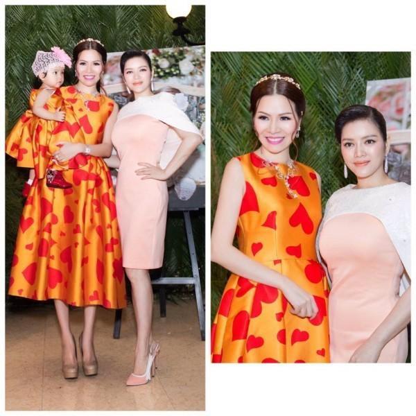 Hoa hậu Bùi Thị Hà cũng là một khách hàng thân thiết của Đỗ Mạnh Cường. Cô cùng con gái Gia Hân diện đồ đôi màu cam rực